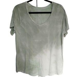 AMERICAN EAGLE tie dye v-neck soft n sexy t shirt